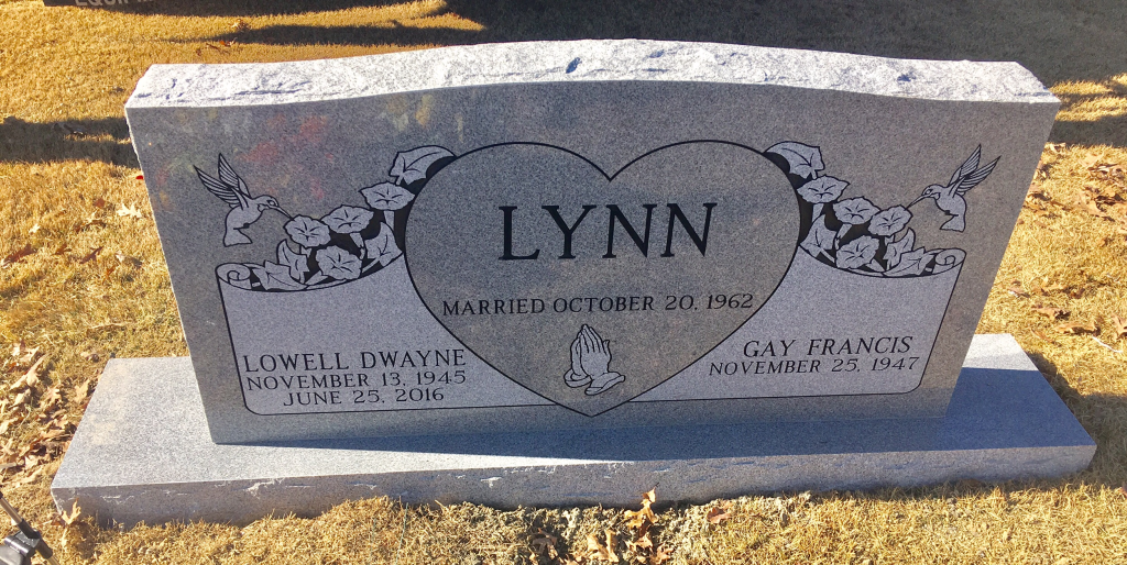 Headstone for Lowell and Gay Lynn