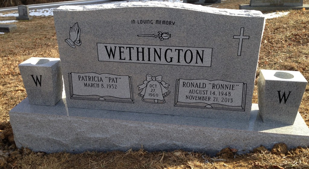 Headstone for Ronnie and Pat Wethington