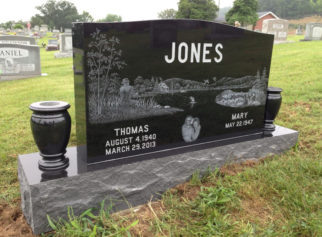 Headstone for Thomas and Mary Jones