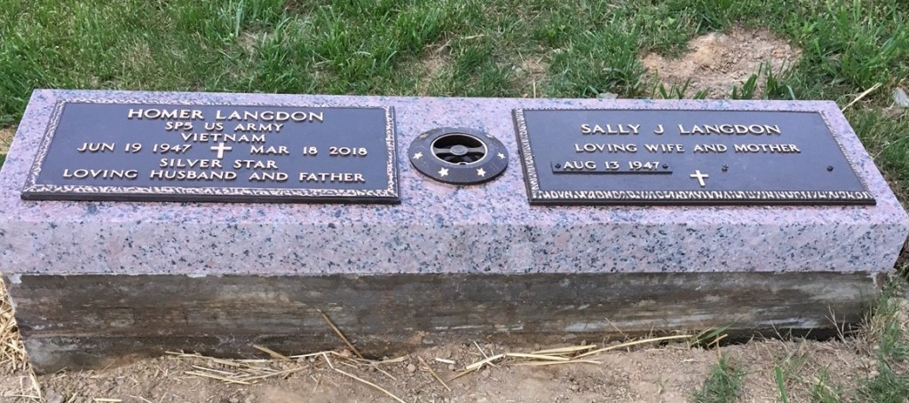 Bronze memorial for Homer and Sally Landgon