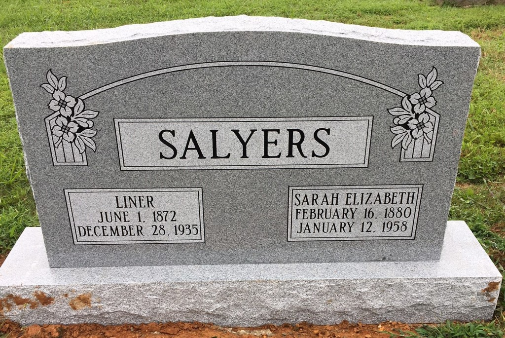 Headstone for Liner and Elizabeth Salyers