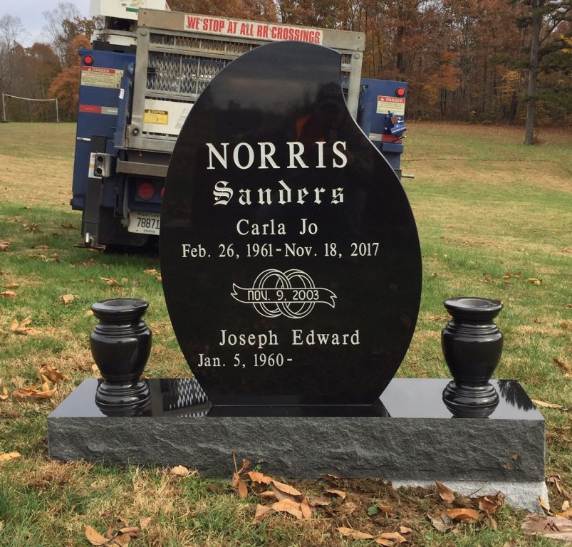 Headstone for Carla Jo and Joseph Norris