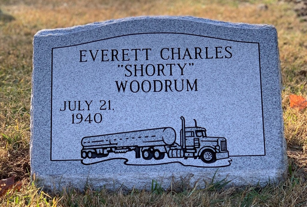 Slant marker for Everett Woodrum
