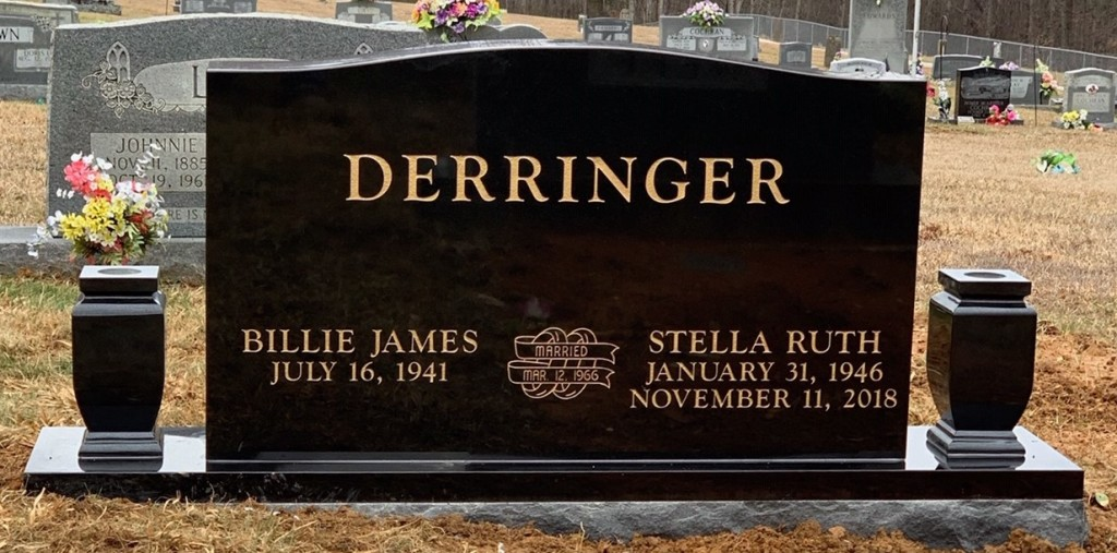 Headstone for Billie and Ruth Derringer