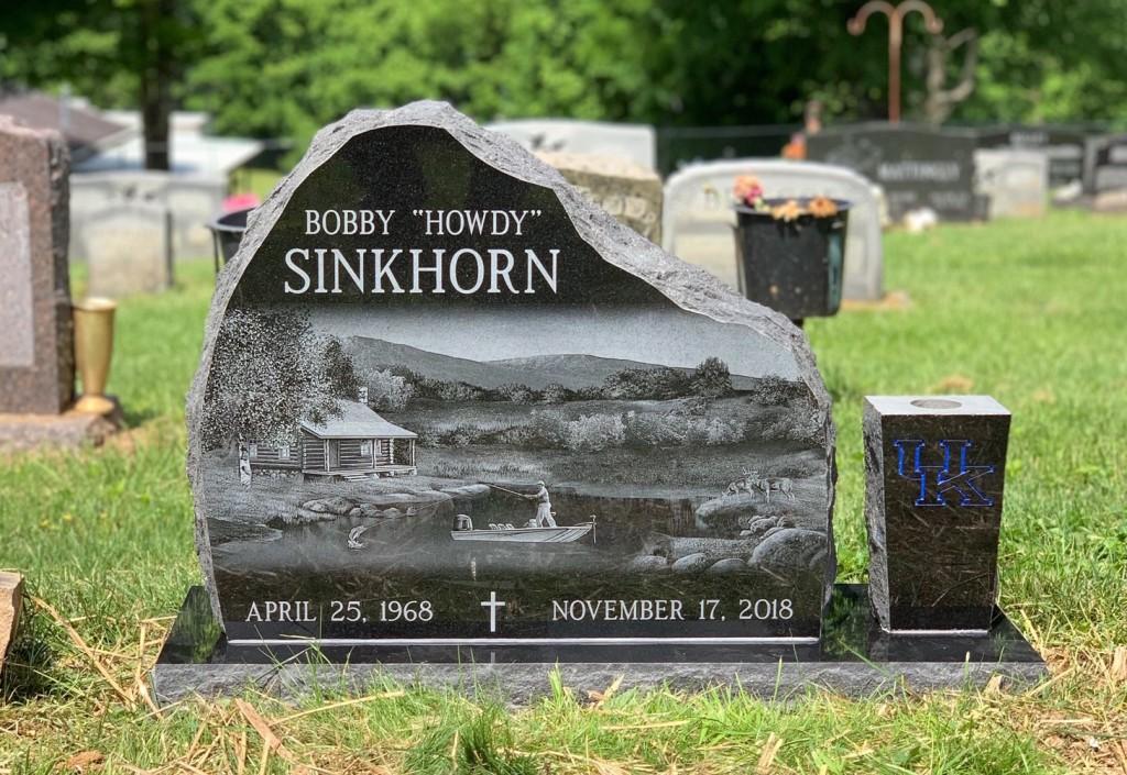 """Headstone for Bobby """"Howdy"""" Sinkhorn"""