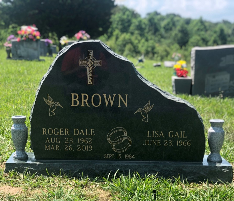 Headstone for Roger and Lisa Brown