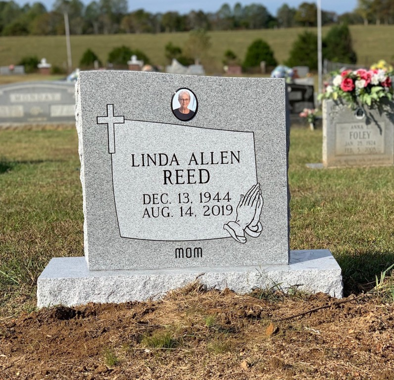 Headstone for Linda Allen Reed