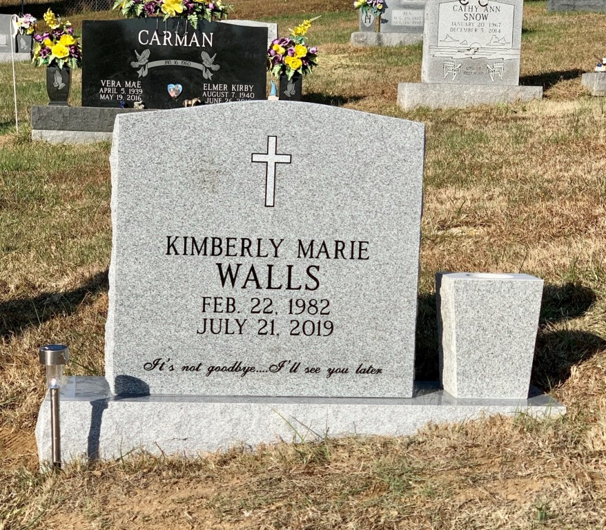 Headstone for Kimberly Marie Walls