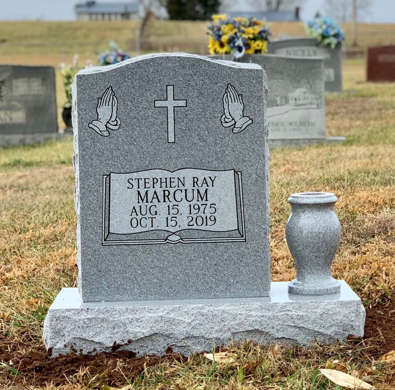 Headstone for Stephen Ray Marcum