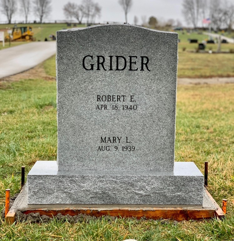 Headstone for Robert and Mary Grider