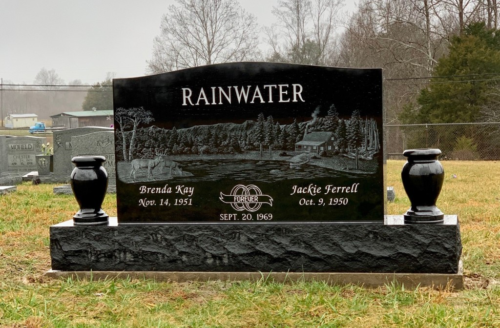 Headstone for Jackie and Brenda Rainwater
