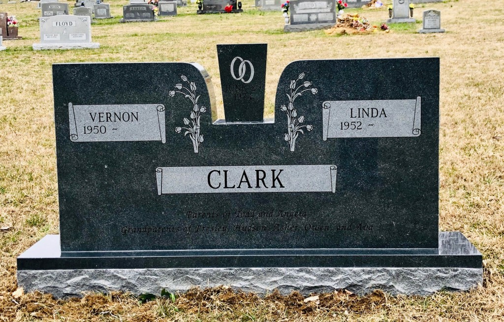 Headstone for Vernon and Linda Clark