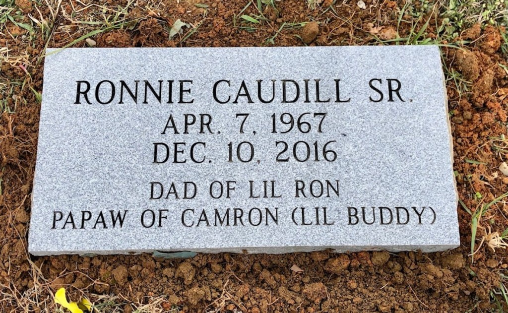 Flat marker for Ronnie Caudill, Sr.