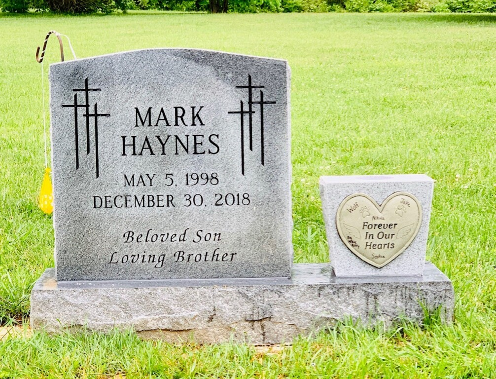 Headstone for Mark Haynes
