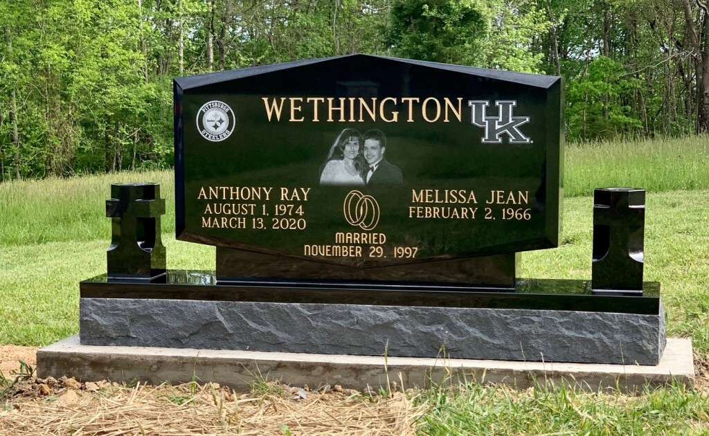 Headstone for Anthony and Melissa Wethington