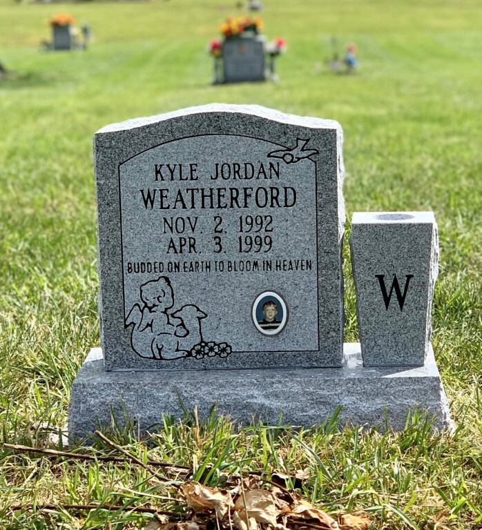 Headstone for Kyle Weatherford