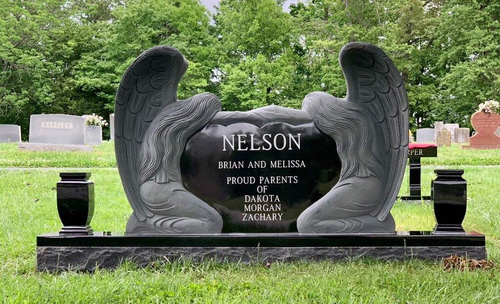 Headstone for Brian and Melissa Nelson