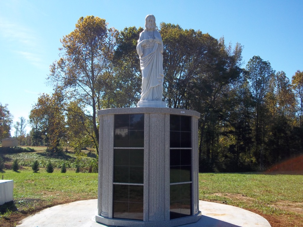 Sacred Heart Statue  Columbarium in Ressurection