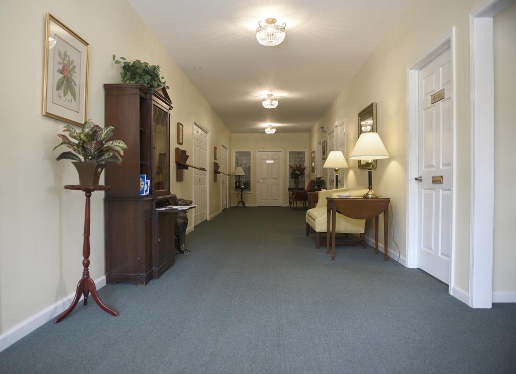 Elberton Entrance/Hallway