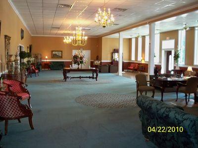 Spacious Foyer Area