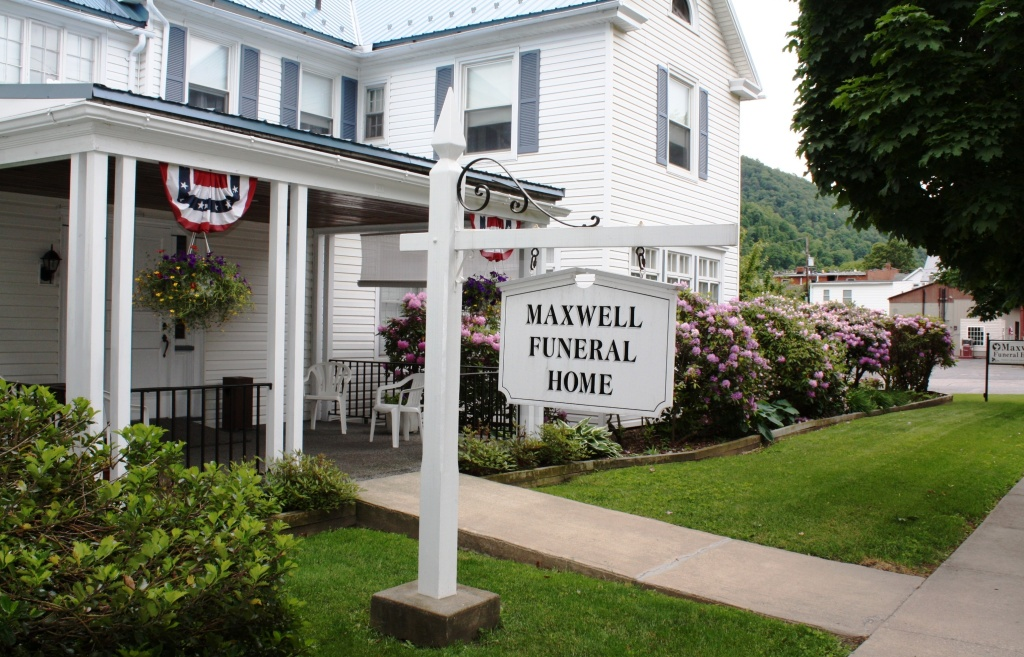Welcome to Maxwell Funeral Home