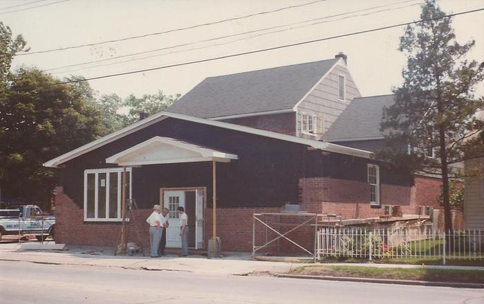 Front addition 1978.