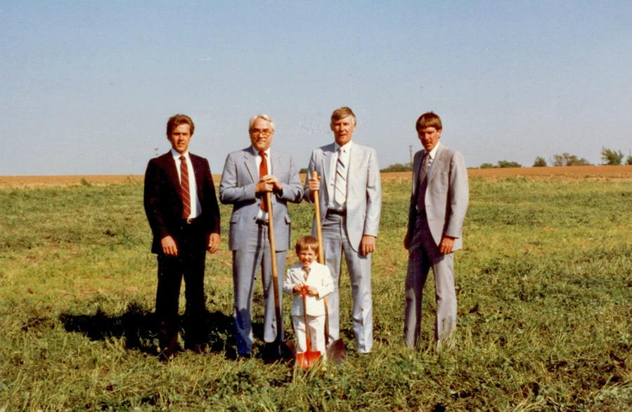 Ground Breaking 1986