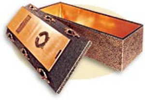 The Pantheon a gleaming polished copper liner is bonded to concrete and polystyrene structure for ultimate beauty. Six antique-plated casket syle handles adorn the lid. Namedate plaque and religious or fraternal emblem adorn the lid for a crowning touch. Butyl rubber compound bonds the base and cover into a single unit.