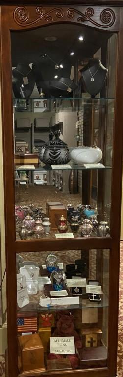 Premium Keepsakes & Small Urns