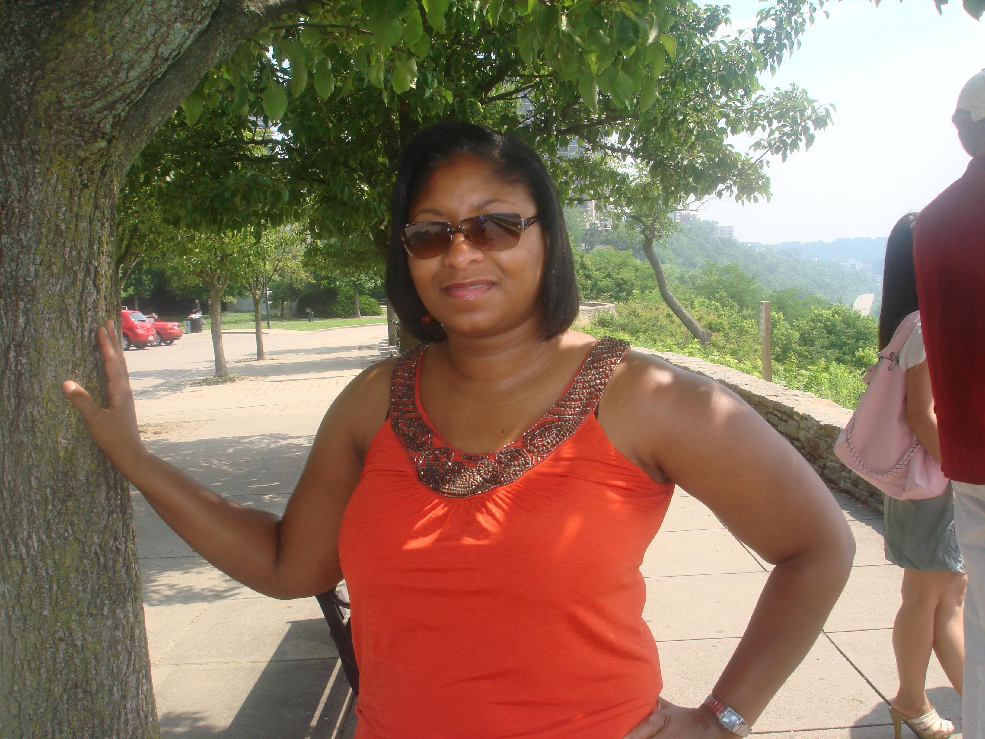 Obituary for Arnetta Renee Gardner album