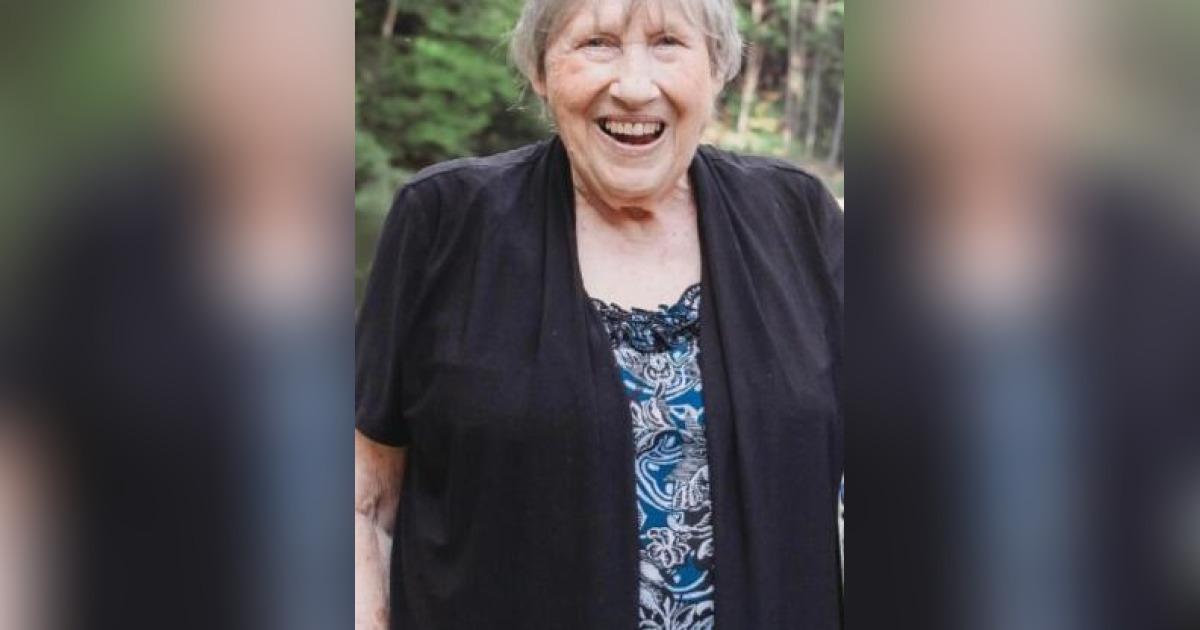 Obituary for Georgia Loudermelt   Henson & Rich Funeral Home