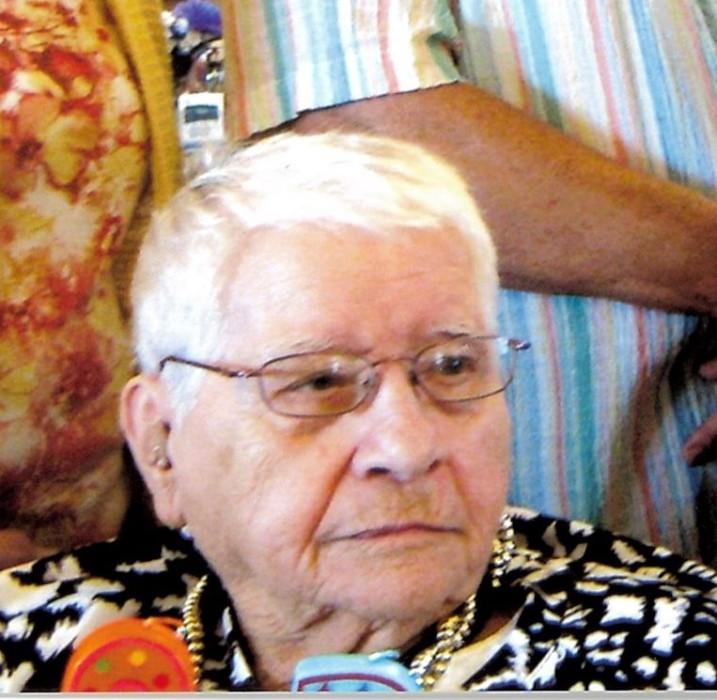 Betty Crabill obituary photo