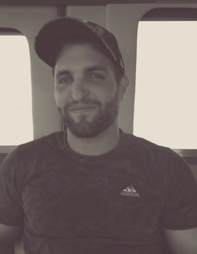 Obituary for Ryan Edward Jones | Angelus Chapel Mortuaries