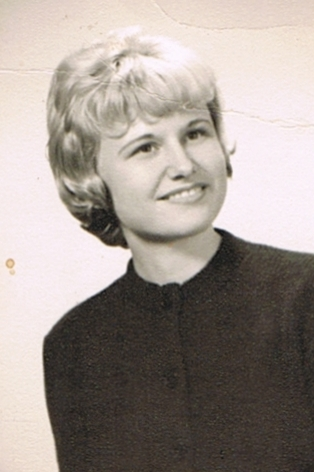 Obituary for Carole (Peterson) Brass | Blase-Strauser Memorial