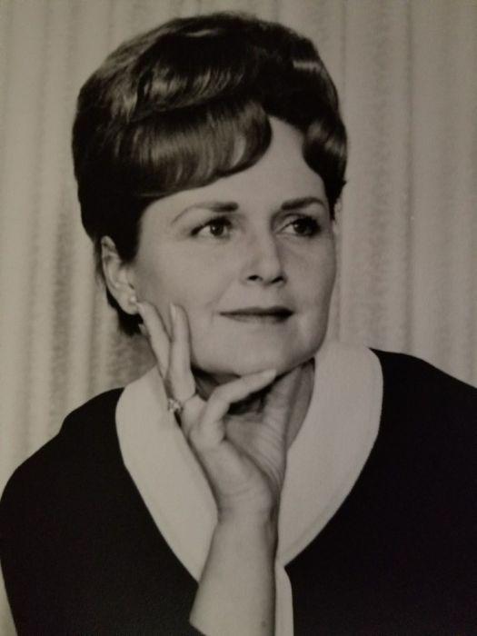 Obituary for Dorothy Elaine Horn   Tulocay Cemetery Funeral