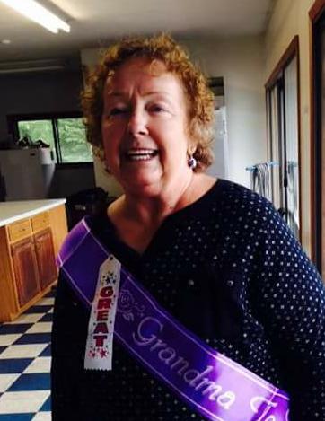 Obituary For Brenda J Rainaud Smith Petit Roan Funeral Home And
