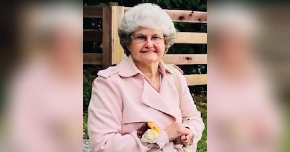 Obituary for Ina R. Barnes   Hamlett-Dobson Funeral Home
