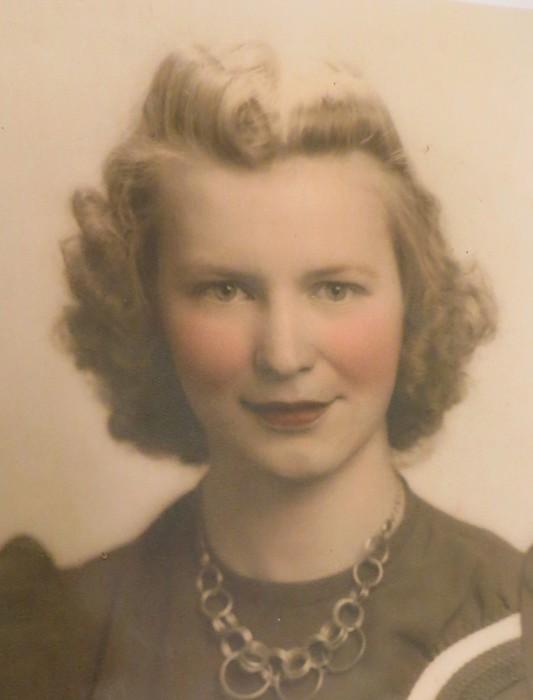 Obituary for Doris Pauline (DeLisle) Valois | Wright-Roy