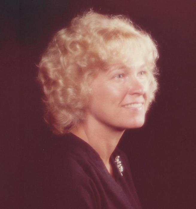 Obituary for Kathleen M (Gravitt) Pence | Shively Funeral Homes