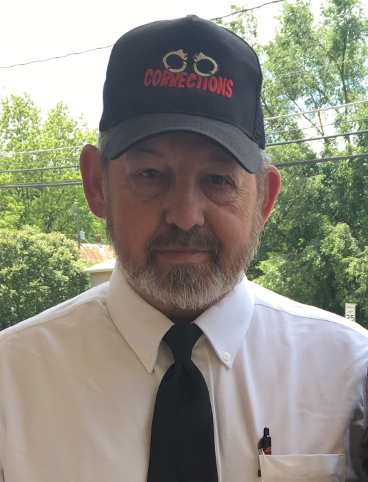Obituary for Charles Herbert (Chuck) Lucas | Riffe's Funeral Service