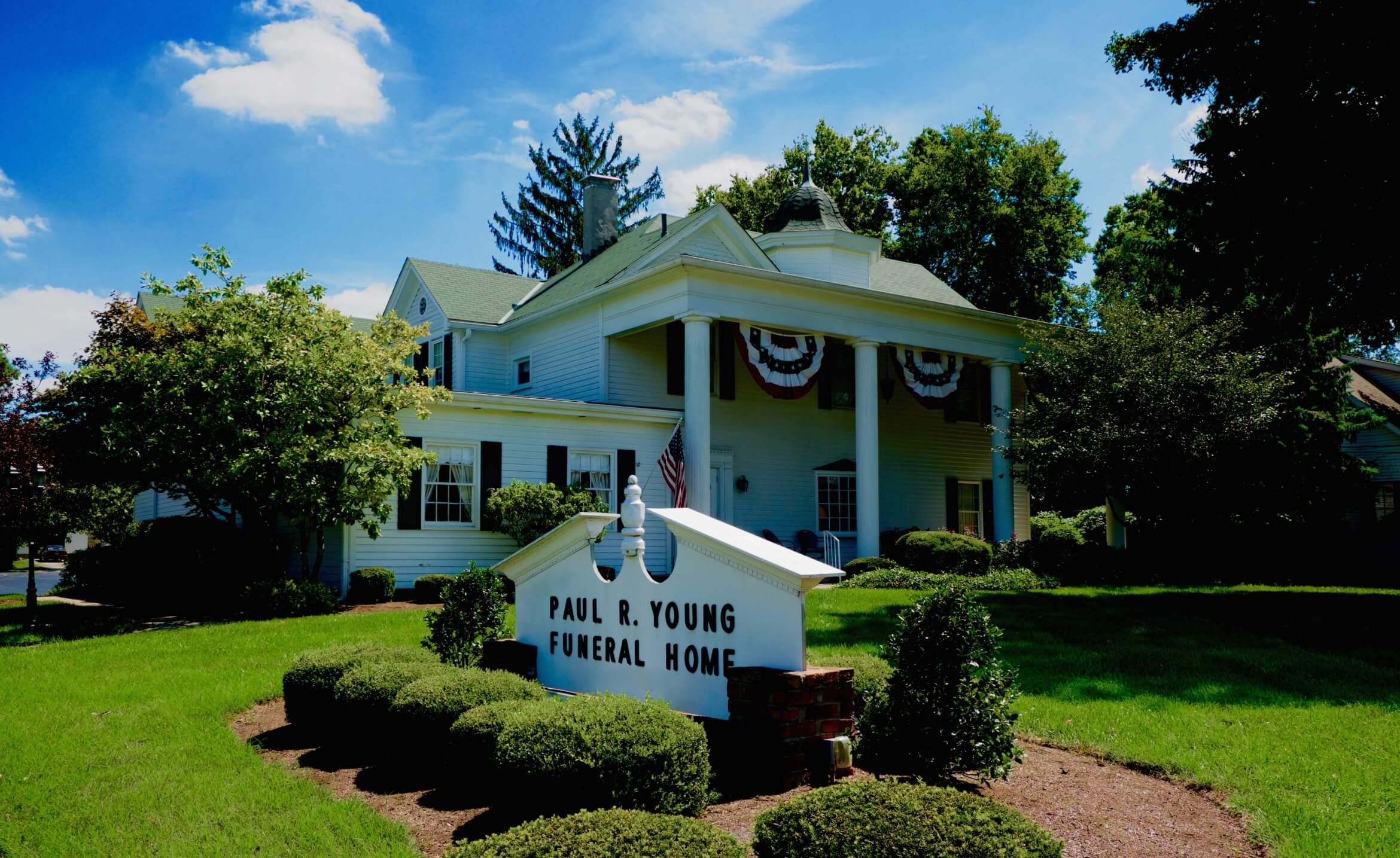 Paul Young Funeral Home In Hamilton Ohio