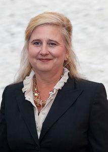Peggy Bond
