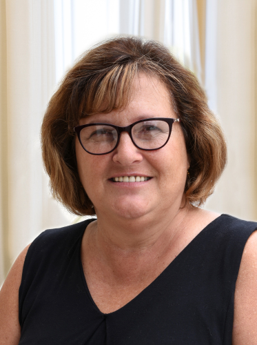 Beth Krausz