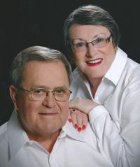Gayle and Eleanor McFarland Troutman