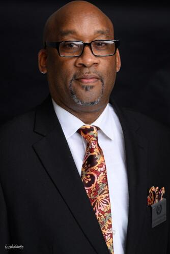 Pastor Derrick Oates