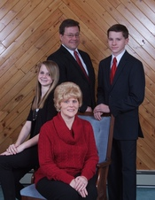Jeff, Amy, Tori & Alex Somers