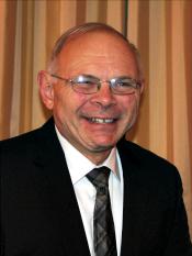Dennis Mitschelen