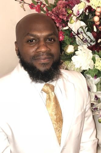 Pastor Marc Dickerson