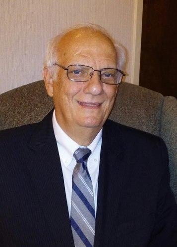 Earl Holt