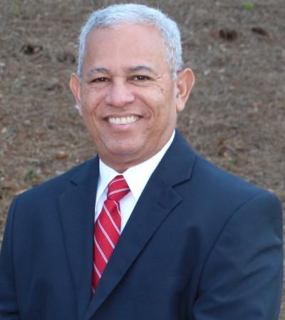 Luis Scott